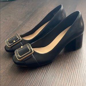 Clarks cushion plus black pumps heels